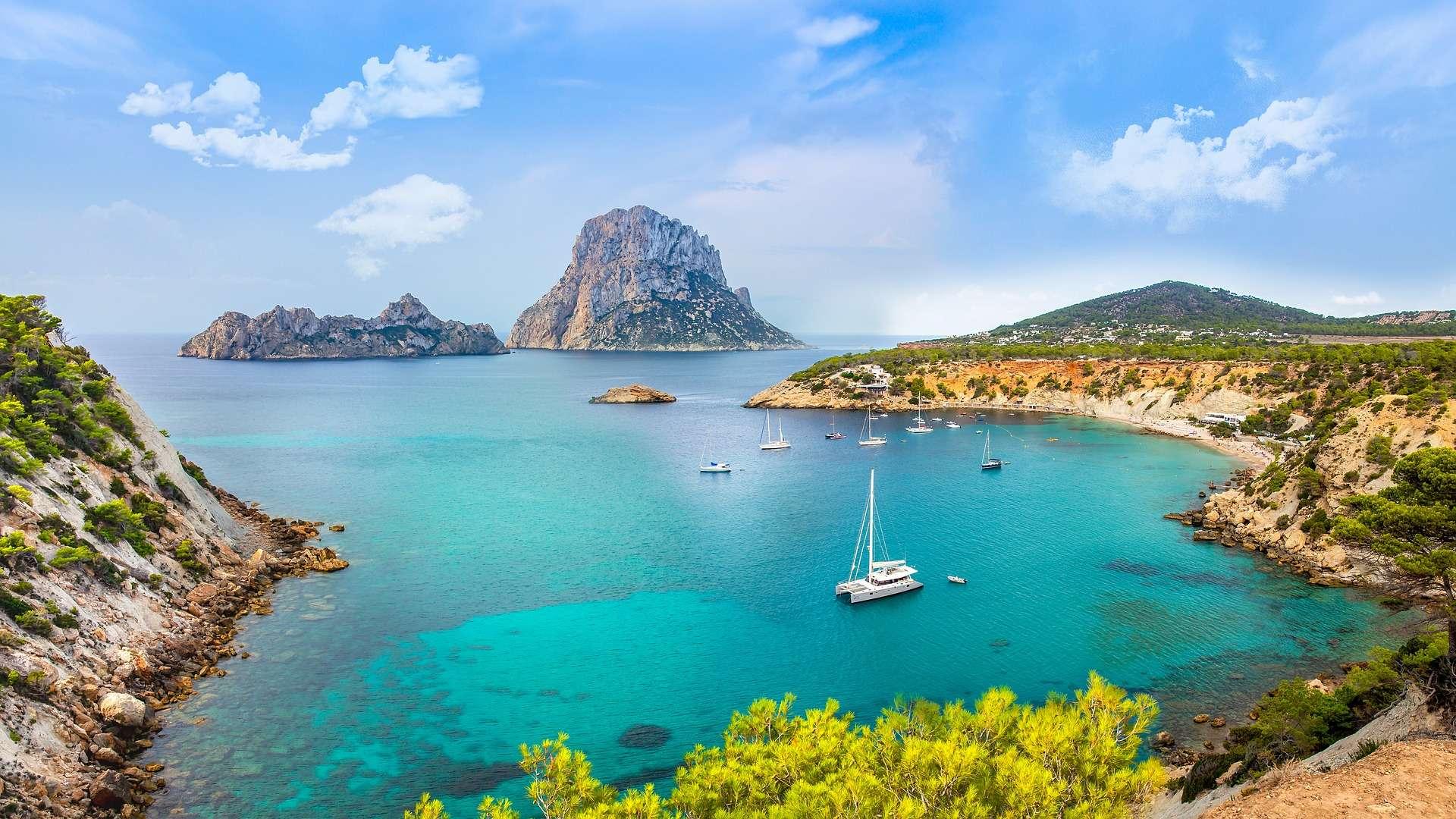 купить остров в испании цены